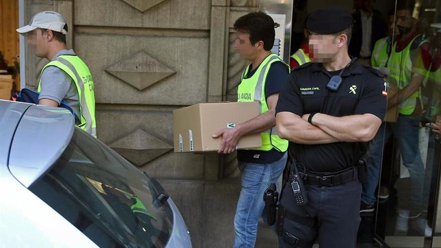 La Guardia Civil se llevó contratos y facturas del Ayuntamiento de Tortosa