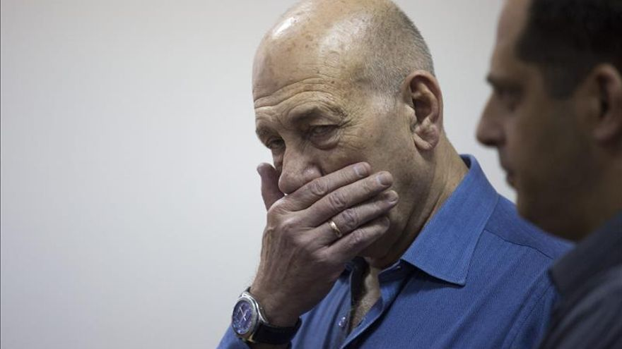 El Supremo israelí condena al ex primer ministro Olmert a cumplir 18 meses de cárcel