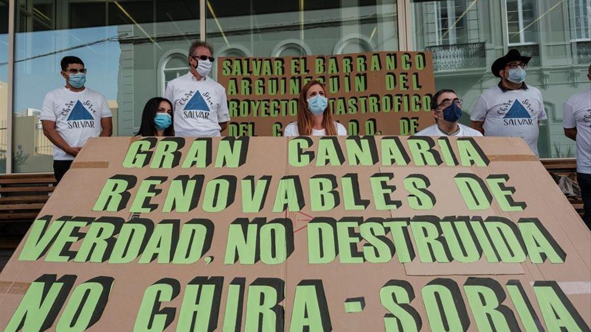 La plataforma Salvar Chira Soria, durante una protesta