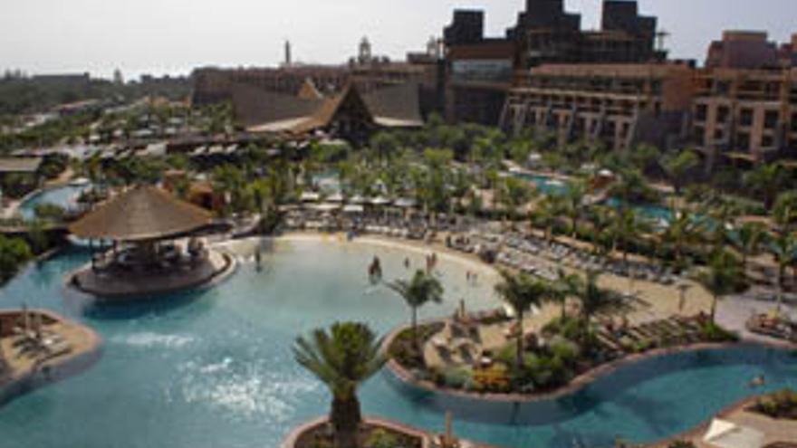 El hotel Lopesan Baobab Resort.