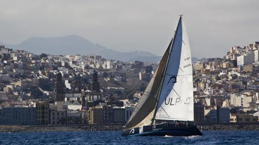 El Abracadabra, crucero patrocinado por la ULPGC. Foto: Marco Batista