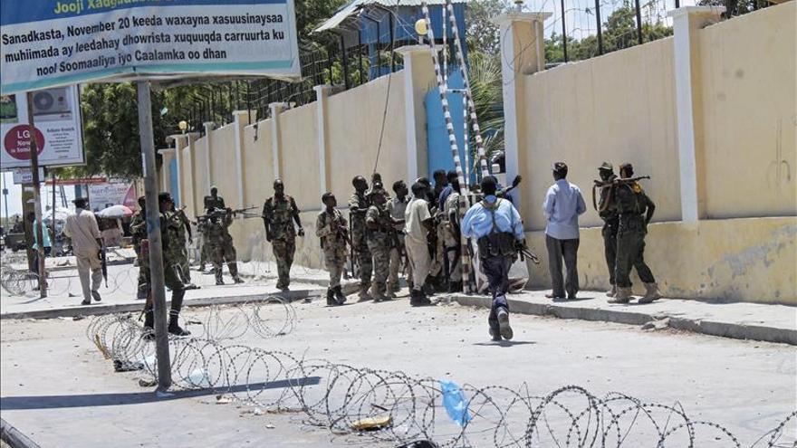 Un soldado de la Unión Africana muere en un atentado de Al Shabab en Somalia