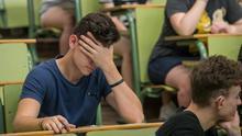 """Examinarse de selectividad en la pandemia: """"La Consejería de Educación hace cero esfuerzo extra"""""""