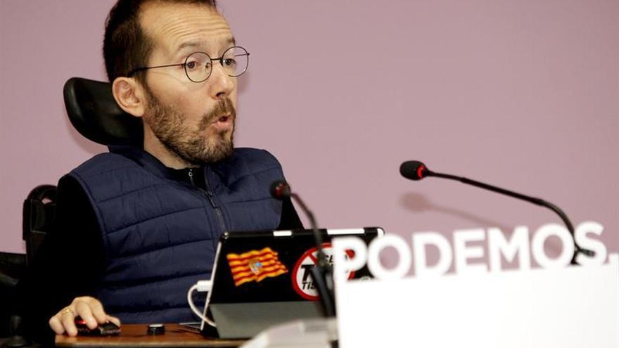 Dirigentes de Podemos arremeten contra Errejón por criticar el cese de López