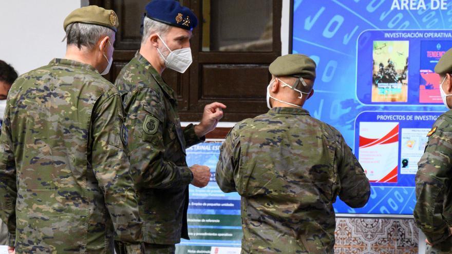 El rey visita y conoce el funcionamiento del Mando de Doctrina del Ejército