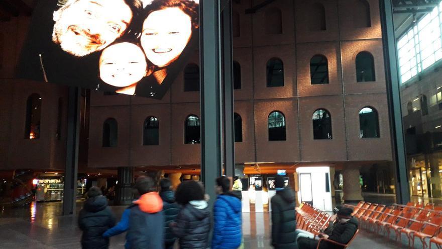 La pantalla gigante de La Alhondiga