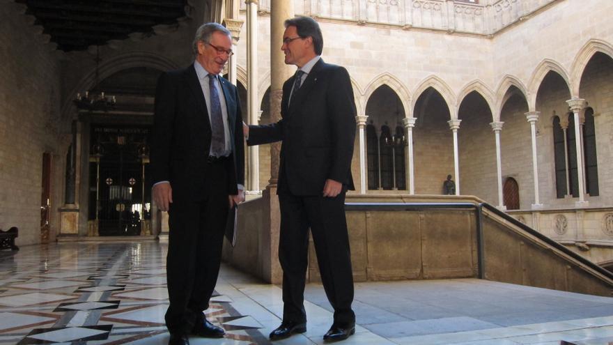 """Artur Mas trasladará al Rey la voluntad mayoritaria de los catalanes de hacer su """"propio camino"""""""