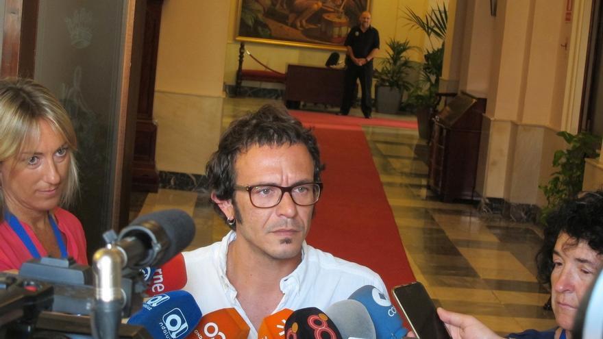 El juicio contra el alcalde por presuntos delitos contra el honor en el 'caso Loreto' será en abril