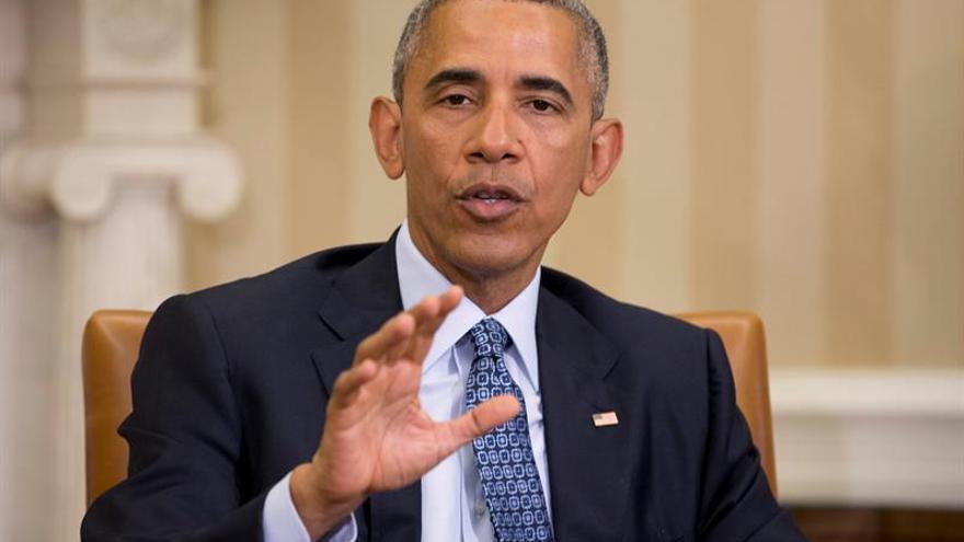 Israel pide a IU retirar un cartel antisemita en protesta por visita de Obama