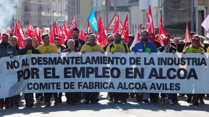 Manifestación de trabajadores de Alcoa en Asturias.