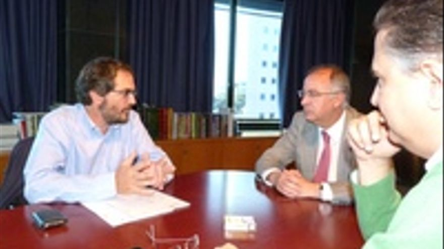 Juan Galarza con Francisco Hernández Spínola y Pedro Ramos.