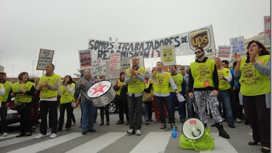 Protesta de la plantilla de UPS en Vallecas.
