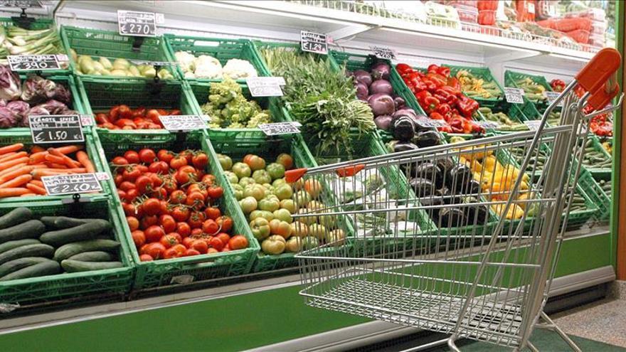 Los precios estables en noviembre en EE.UU. dejan la inflación interanual en 0,5 por ciento
