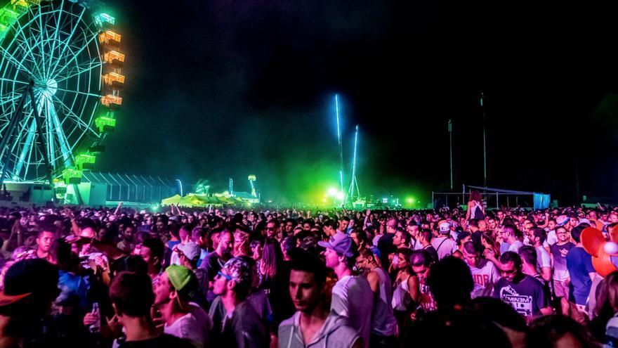 Foto de la página web del festival Amanecer Bailando.
