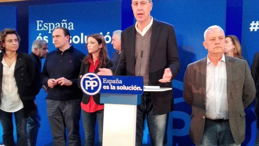 """Albiol dice que """"lo más fácil"""" sería dimitir pero estaría dejando al PP en una situación """"muy delicada"""""""