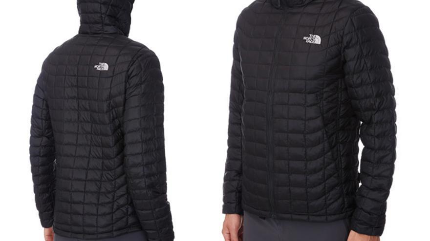 Detalles de la chaqueta Thermoball Hoodie
