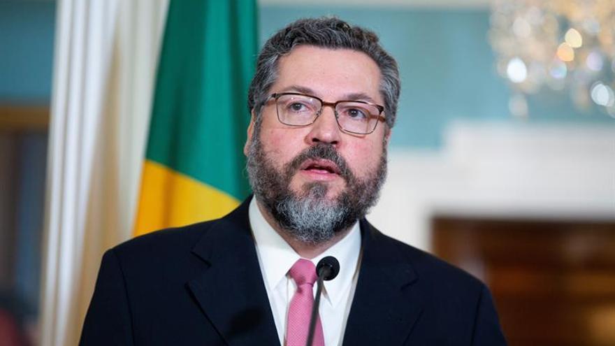 """Brasil avala a Moreno y pide una """"respuesta continental"""" ante la crisis en Ecuador"""