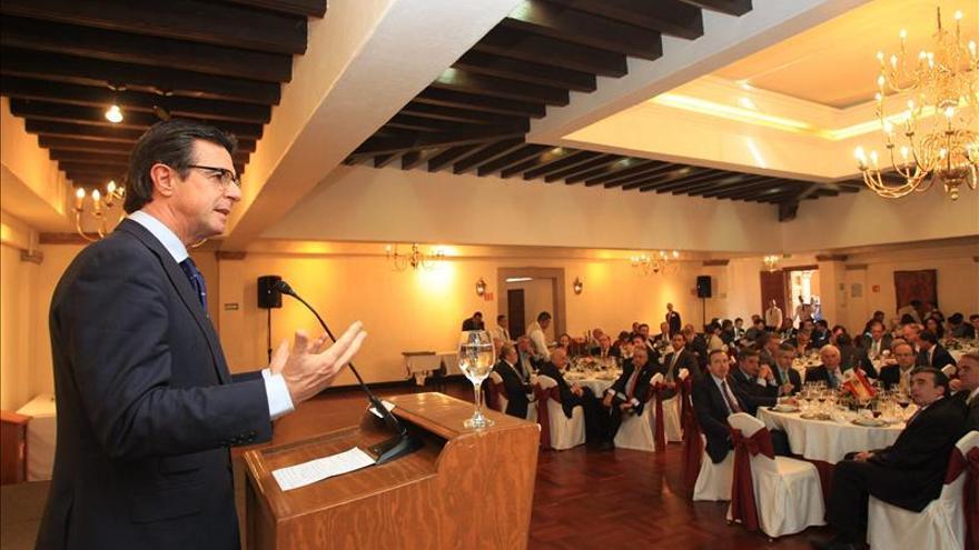 Ministro Soria defiende en México reformas de Rajoy y alaba sector exterior