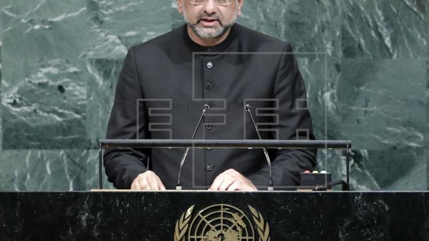 Pakistán respalda la oferta de paz del presidente afgano a los talibanes