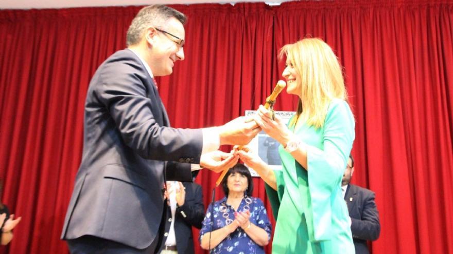 Mariola Guevara sustituye a Diego Conesa y se convierte en la primera alcaldesa de la historia de Alhama