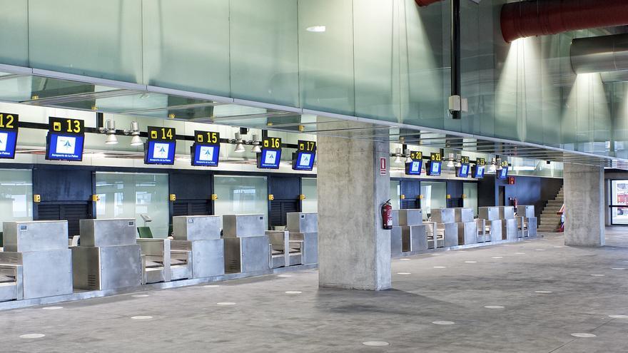 Terminal del aeropuerto de La Palma / AENA