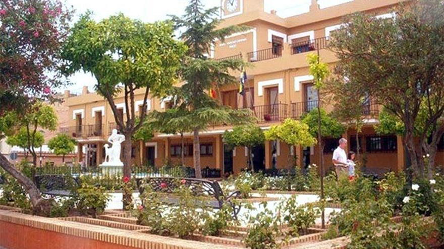 Fachada principal del Ayuntamiento de Aljaraque.