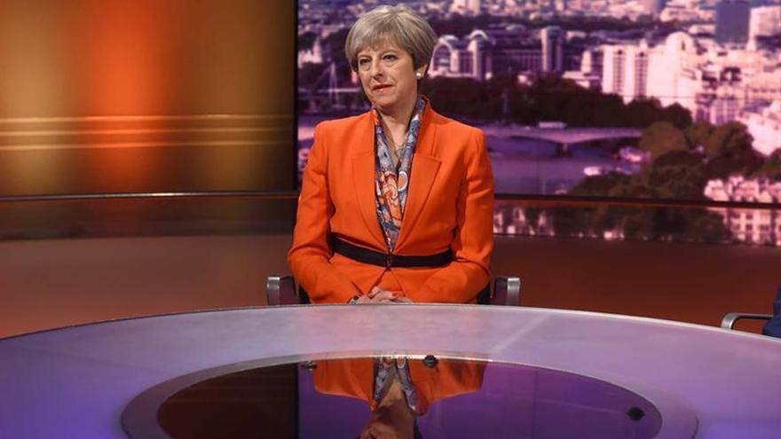 May se mantiene inflexible en vísperas de las negociaciones con la UE
