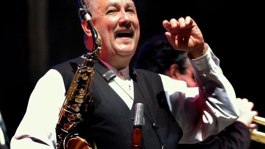 Paquito D'Rivera revoluciona el escenario con su pasión por el jazz