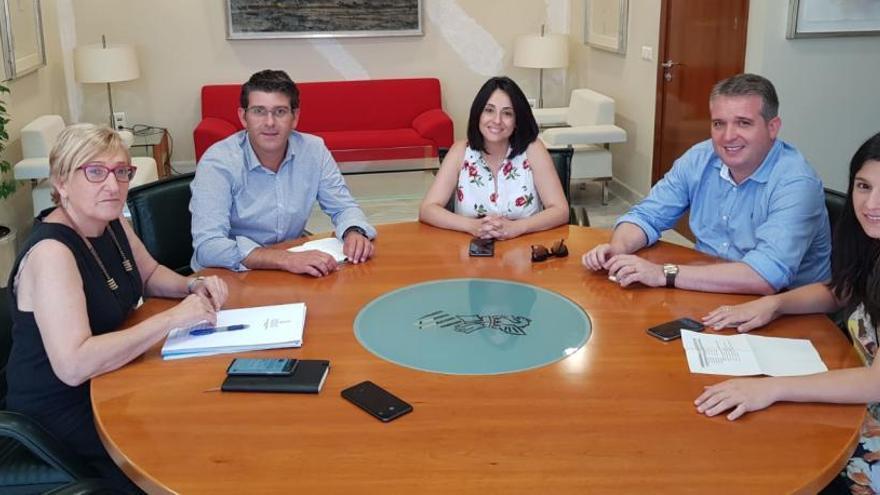Jorge Rodríguez reunido con la consellera de Sanidad Ana Barceló