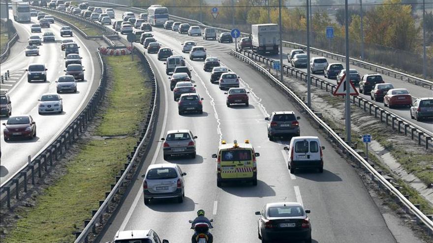Tráfico intenso hasta las 15.00 horas en Madrid por la salida del puente