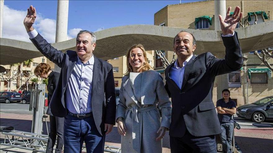 """Chacón dice que """"para no ser casta, 400.000 euros en la cuenta corriente no está mal"""""""