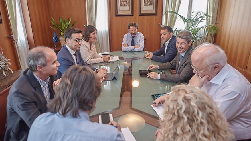 Reunión de esta tarde de miércoles en el Cabildo de Tenerife