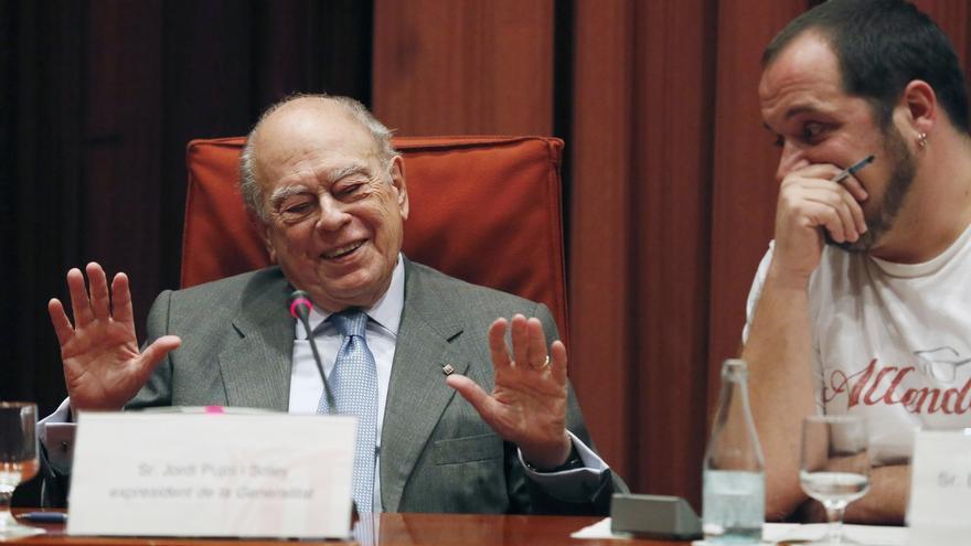 Pujol comunicó en 2001 a un banco andorrano que eran suyos casi 2 millones de una cuenta de su hijo Jordi