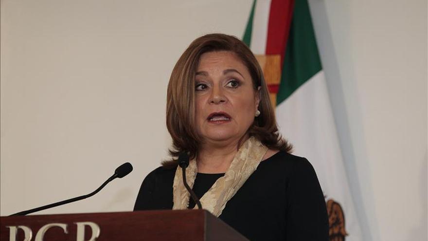 Detectan posibles restos de otro de los 43 jóvenes desaparecidos en México