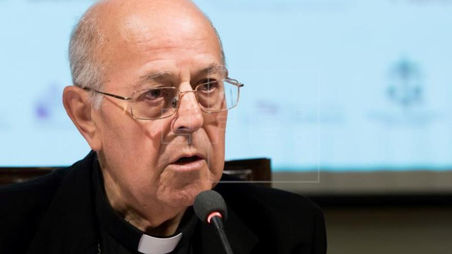 Blázquez (CEE): El abad de los Caídos no se puede negar a sacar los restos