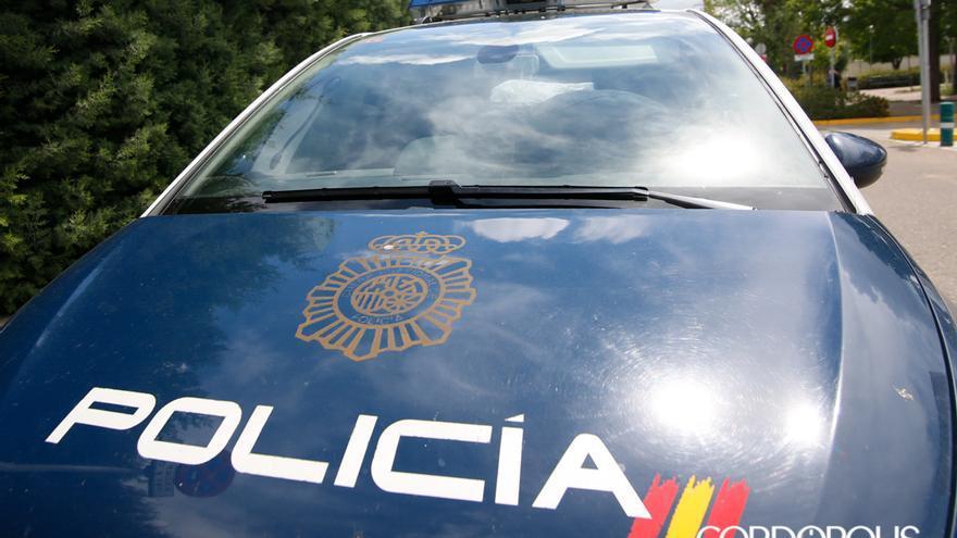 Un vehículo de la Policía Nacional   MADERO CUBERO