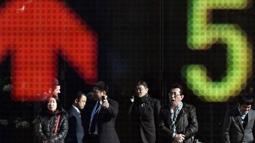 La Bolsa de Tokio avanza un 0,39 % en la apertura hasta 19.432,54 puntos
