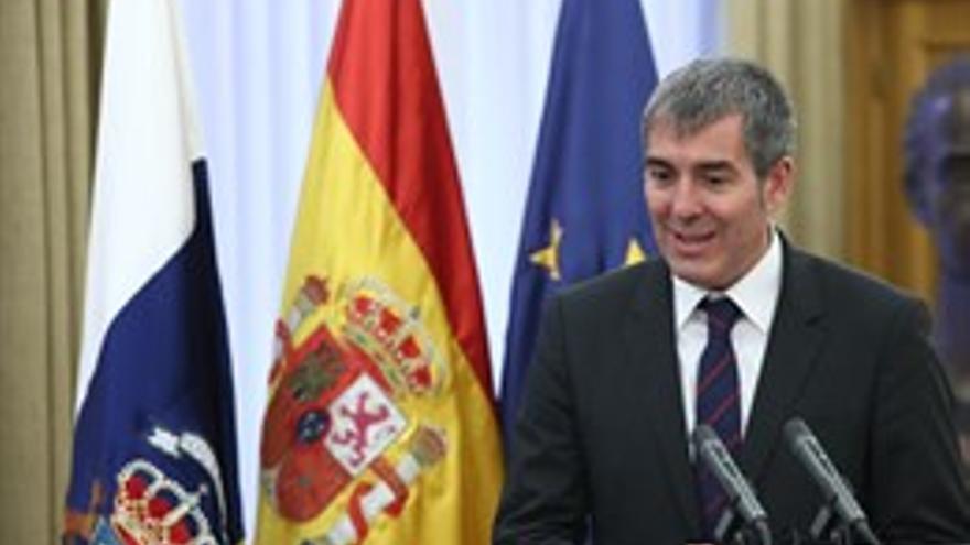 """El presidente de Canarias cree que se puede condonar la deuda siempre que """"no haya trato de privilegio"""" a un territorio"""