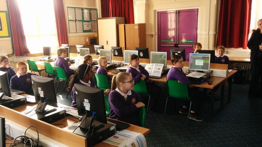 Los talleres están adaptados para niños de entre 9 y 11 años
