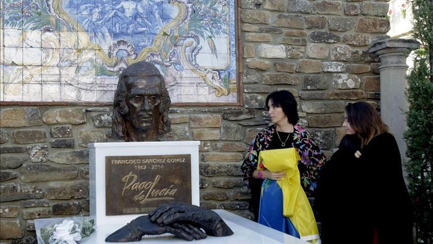 Algeciras recuerda a Paco de Lucía en el primer aniversario de su muerte