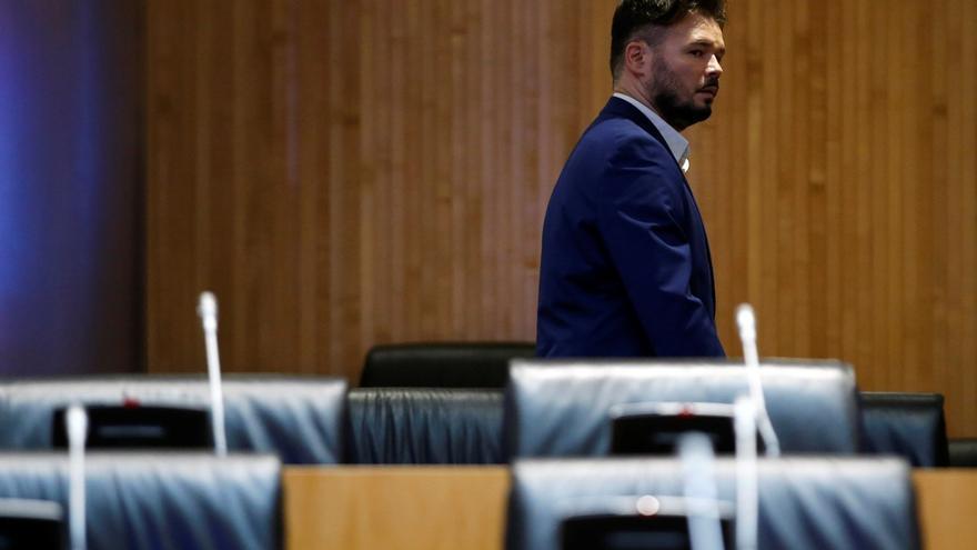 """ERC acusa al PSOE de montarse un """"Juan Palomo"""" con PP y Cs para vender un """"consenso"""" inexistente"""
