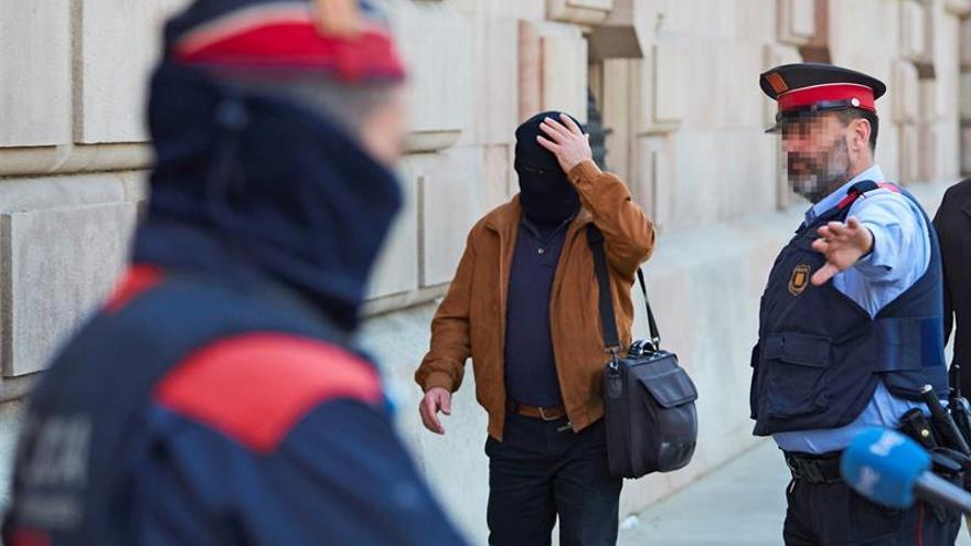 Joaquín Benítez al llegar a una de las sesiones del juicio