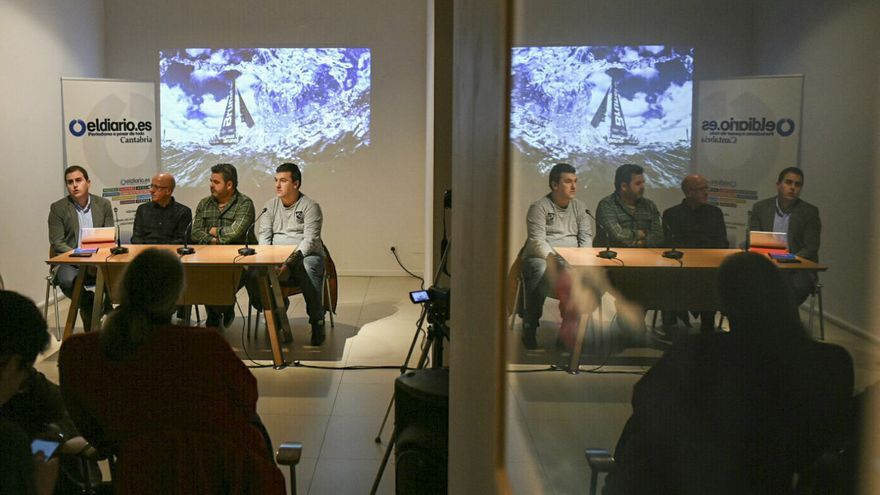 Mesa redonda sobre 'Fotografía y Periodismo: la realidad tras el objetivo'.   JAVO DÍAZ VILLÁN