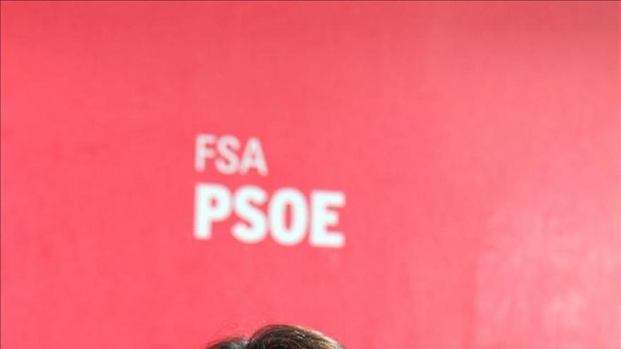 El PSOE acusa al PP de hacer retroceder los derechos de las mujeres