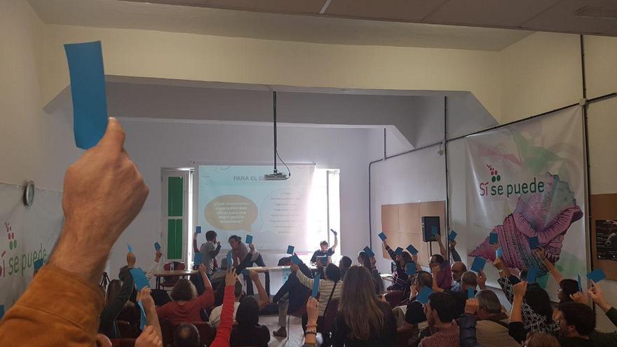Votación en la I Asamblea Canaria de Sí Se Puede, este sábado en la capital tinerfeña