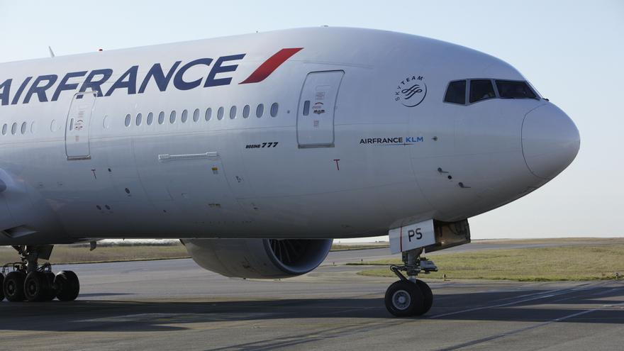 Air France premiará con 100.000 euros a los pilotos que accedan a volar con Transavia