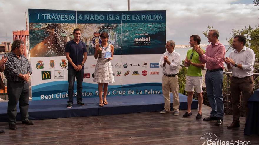 Acto de entrega de premios de la I Travesía Nado de La Palma. Foto: CARLOS ACIEGO
