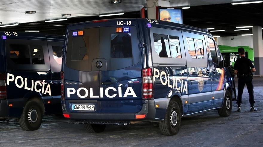 Sindicatos de Policía y Guardia Civil respaldan el despliegue en Cataluña para requisar urnas del 1-O