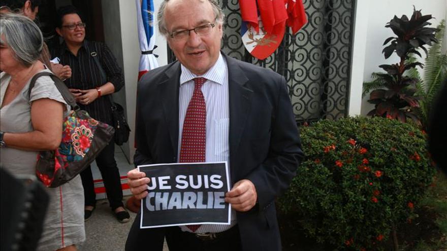 Niegan la entrada a Nicaragua al caricaturista francés Julien Berjeaut