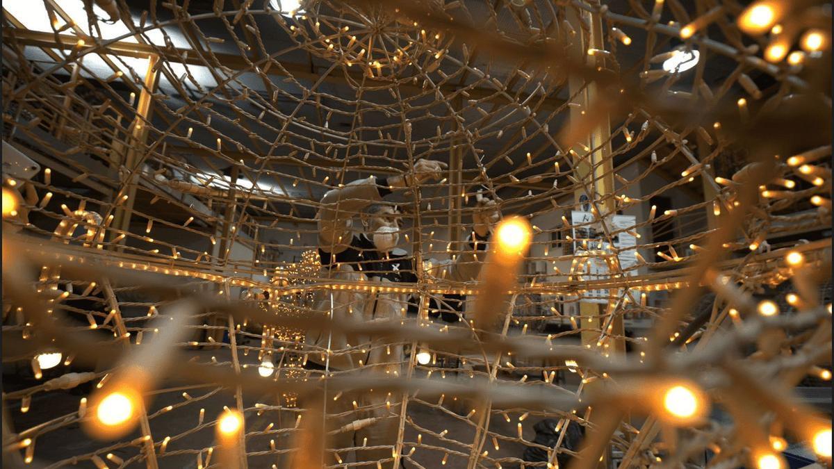Ximenez Iluminación adelanta los trabajos de Navidad para reincorporar a trabajadores del ERTE.